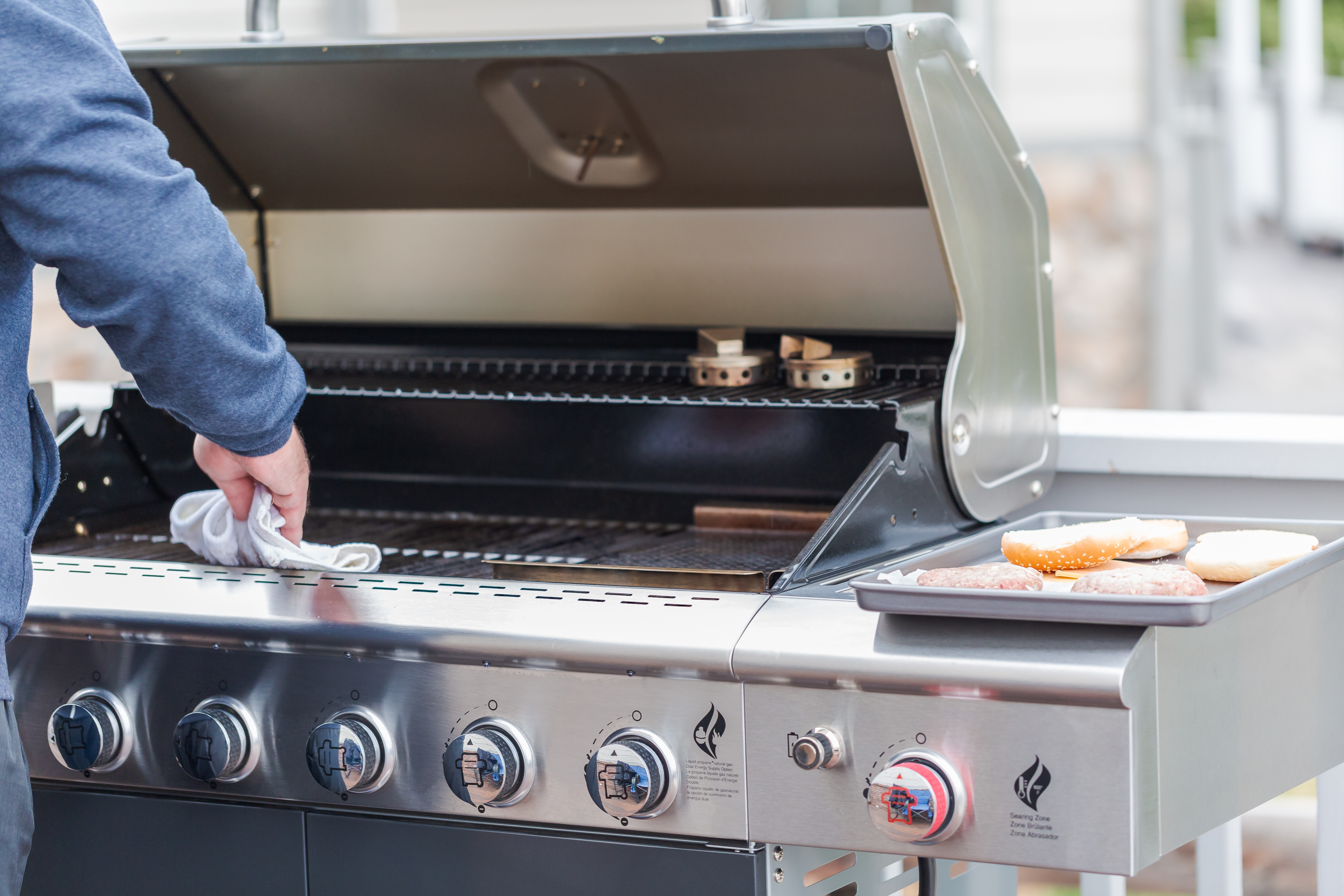 How to (Really) Clean Your Grill